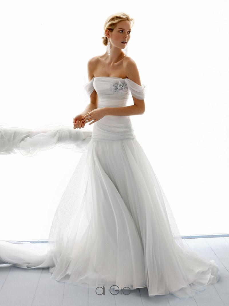 Vestiti Da Sposa Le Spose Di Gio.Abiti Da Sposa Milano Collezione Classica Le Spose Di Gio